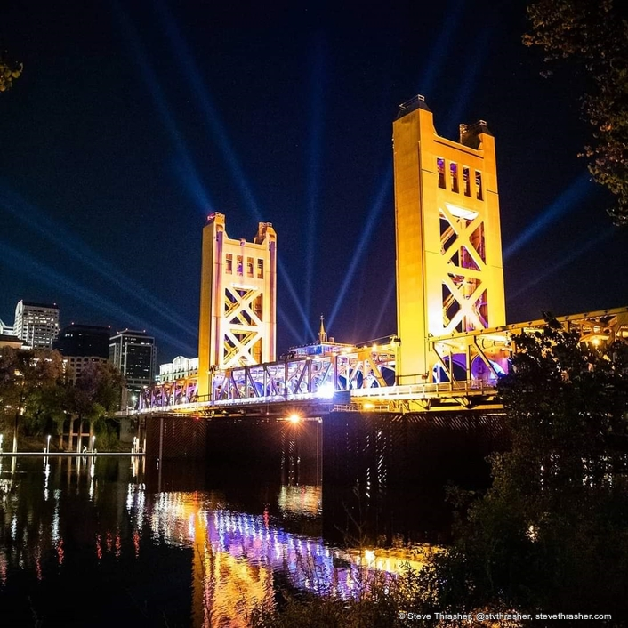 Elation lights for PPV concert on historic Sacramento Bridge