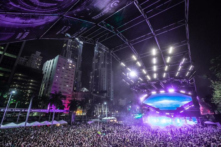 500+ Elation Lights for Ultra Music Festival 2016