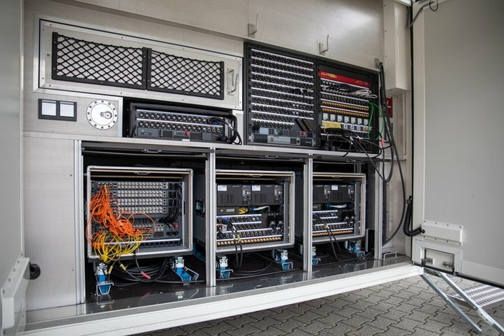 OB Van Rethought - WDR Breaks New Ground in Mobile Production with Ü3