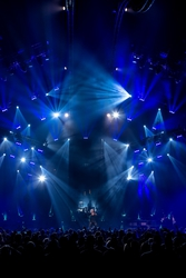 HARMAN's Martin Lighting Fixtures Put on a Blazing Show for Mötley Crüe's Final Tour