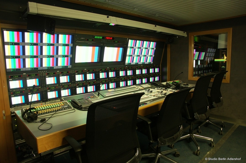 ob trucks studio berlin 6 hd live production tv. Black Bedroom Furniture Sets. Home Design Ideas