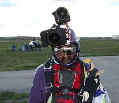 skydivecameraman.jpg