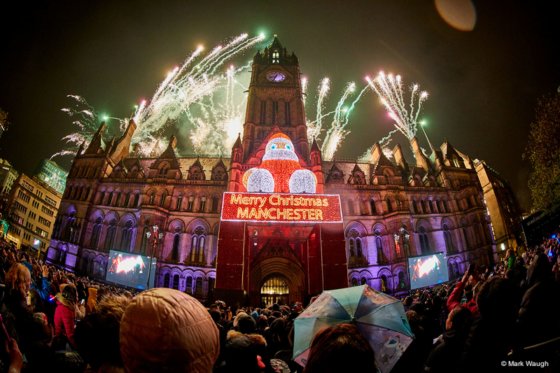 Manchester Gets Switched On by tube | LIVE-PRODUCTION.TV