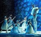 Kinetic Lighting chooses Artiste DaVinci™ for Southern California's historic Warner Grand Theatre